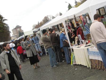 2006religiousmarket1
