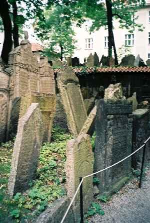 2004-JewishCemetery-02