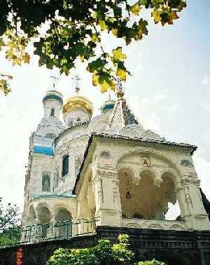 2004_KarlovyVary-RussianChurch-01