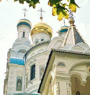 2004_KarlovyVary-RussianChurch-01zoom