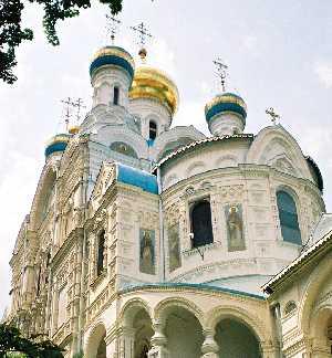 2004_KarlovyVary-RussianChurch-02zoom