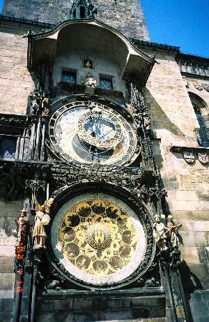2004_Praha_OldCityHall-02