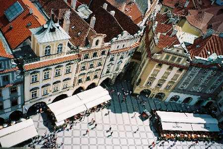 2004_Praha_fomOldCityHall-05