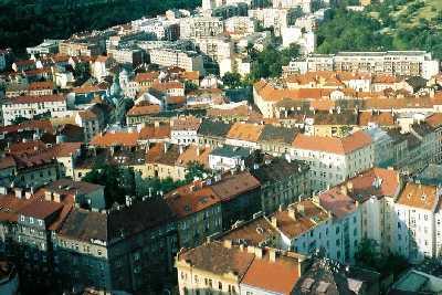 2004_Praha_fromTVtower-03zoom01