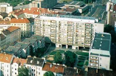 2004_Praha_fromTVtower-03zoom02