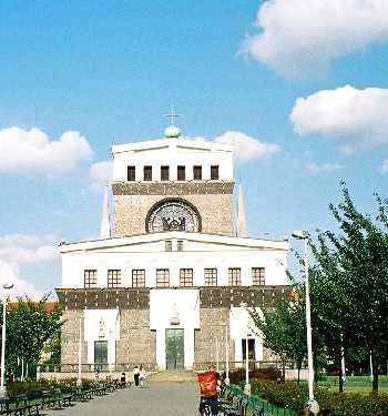 2004_Praha_seishinkyokai-01