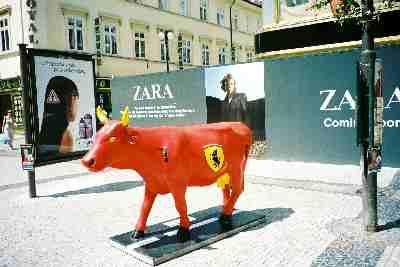 2004praha_cow2.JPG