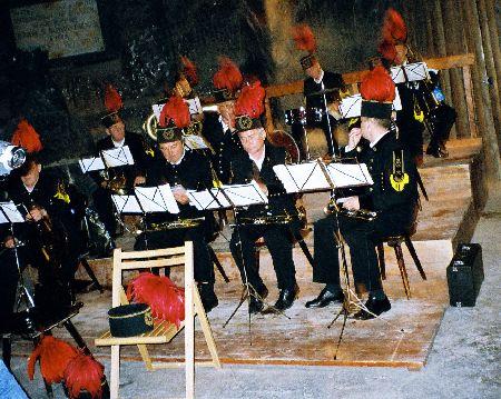 2005-WieliczkaSaltMine_Band