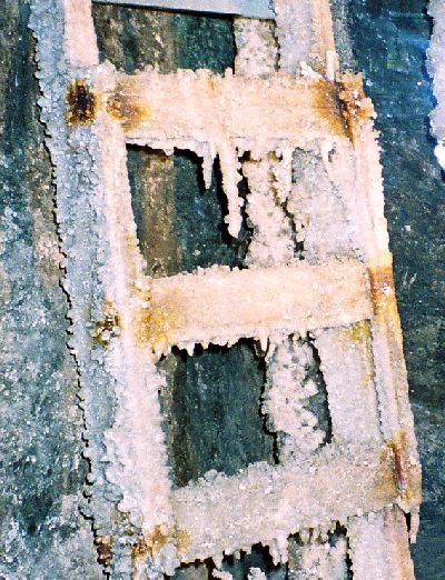 2005-WieliczkaSaltMine_Muzeum1_zoom1