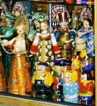 2005_Praha_InsideShop1_zoom4b